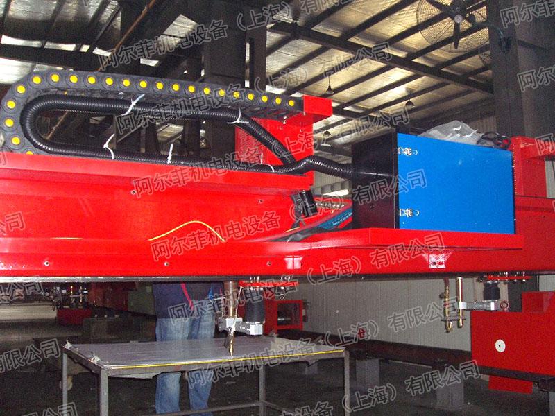 南通创斯达集团焊接净化设备案例